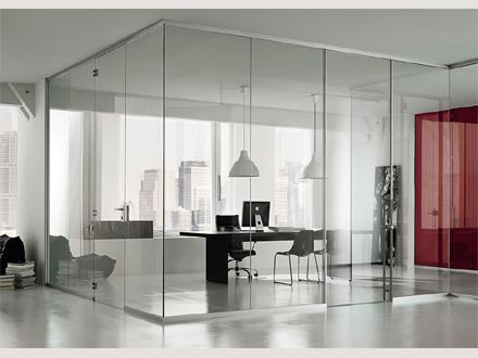 Le pareti mobili per dividere ed attrezzare gli spazi