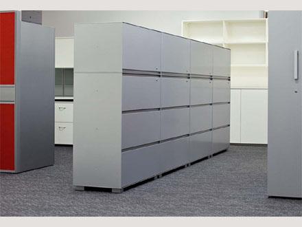 Tutti i  tipi di archiviazione, contenitori ad oc per ogni postazione lavoro